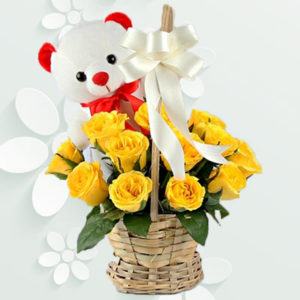 Lovely Bear With Roses