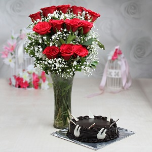 buy chocolate cake with roses