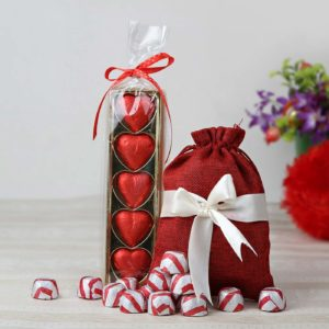 heart-shaped-home-made-milk-chocolates-hamper