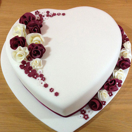 Heart Shaped Vanilla Cake