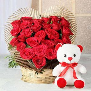 25-heart-shaped-red-roses-with-teddy-11138-m