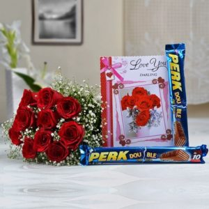 bunch-of-10-roses-with-2-bars-of-perk-chocolate-love-card-21138-m